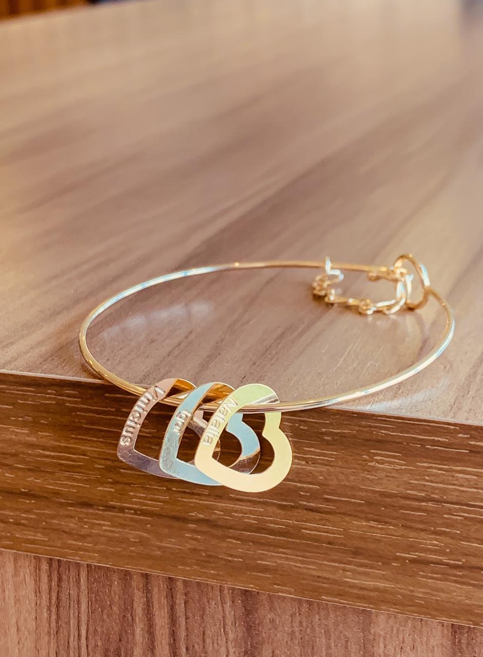 Bracelete personalizável coração nome